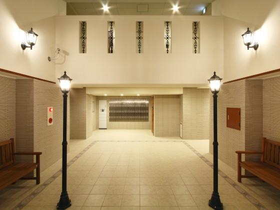 06 1F エントランスホール